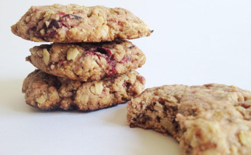 Luxuriöse Walnuss-Hafercookies für Cranberry- und Kardamomliebhaber